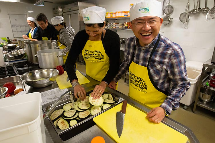 Amway Supporting OzHarvest