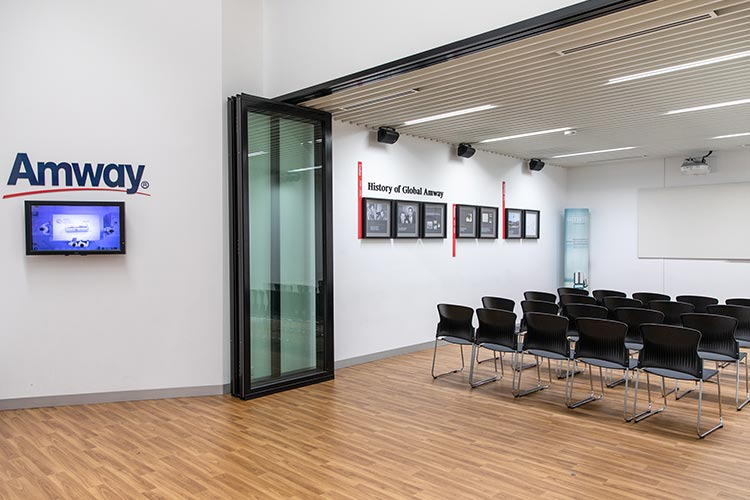 Amway Business Centre - Melbourne - Meeting Room